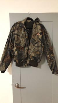 2 layer Camo - medium size hunting jacket New Westminster, V3L 1M3