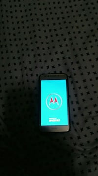 Moto E4 16 gb unlocked/Samsung Galaxy s516gb  (unlocked) The Bronx, 10455