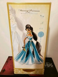 Disney Frozen Queen Elsa doll box Los Angeles, 90043