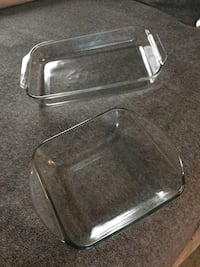 Two Baking Dishes 1-4qt Pyrex 1-2qt Excellent Condition   Kalamazoo, 49006