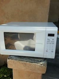 Microwave oven  Los Angeles, 90018