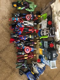 Assorted color plastic toy lot Glen Cove, 11542