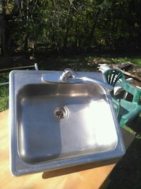 stainless steel sink with faucet Laval, H7W 1Z6