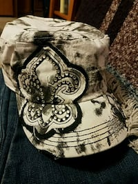 Black and White floral cap Maxwell, 50161