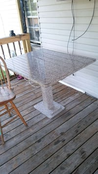 Very nice unique granite table 4x4 feet 32 inches