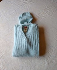 Sweater with hood Acrylic knit Germantown, 20874