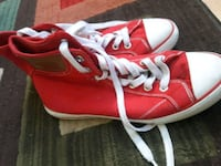 pair of red-and-white low top sneakers Virginia Beach, 23462