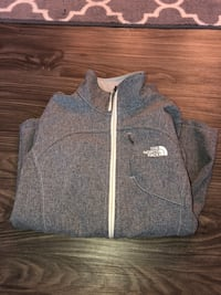 The North Face Gray and white zip-up jacket Fargo, 58104