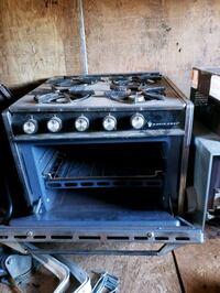 RV propent stove and oven  Fort Erie, L0S 1B0