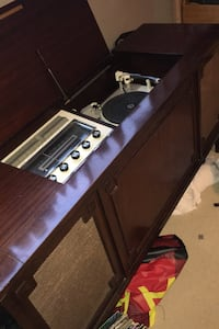 Electrohome Florentine cabinet stereo