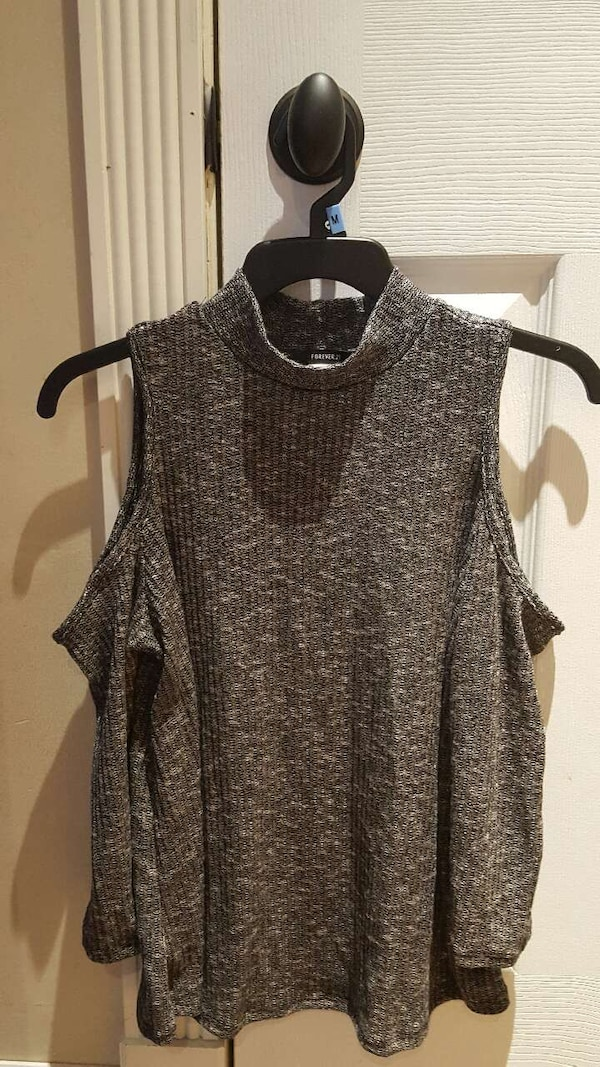 1868b19d551e89 Used Forever 21 black and white cold shoulder top mediu for sale in ...