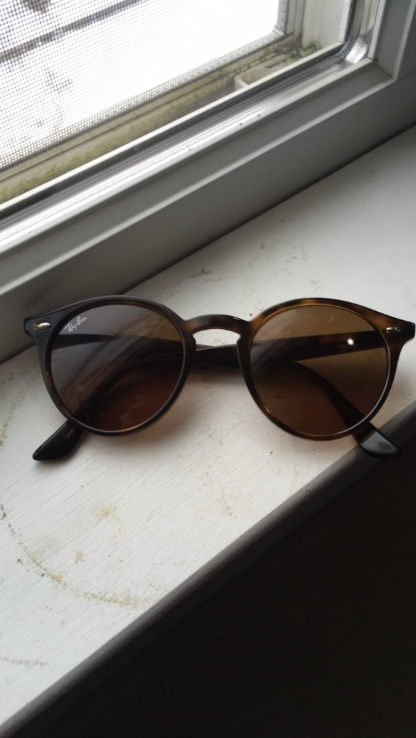 Brand new raybans never used.