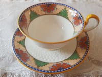 Stunning Aynsley Footed Tea Cup & Saucer With An Art Deco Design For Sale! Ottawa