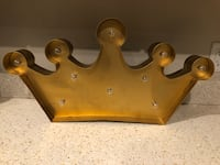 """Light-up"" Gold crown decor (battery operated) Newport News, 23606"