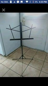 Sheet music stand with carrying case 2059 mi