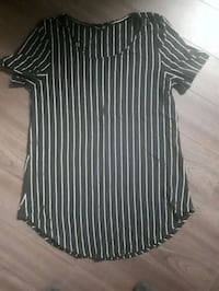 Size small black white stripe top new Barrie, L4M 4E3