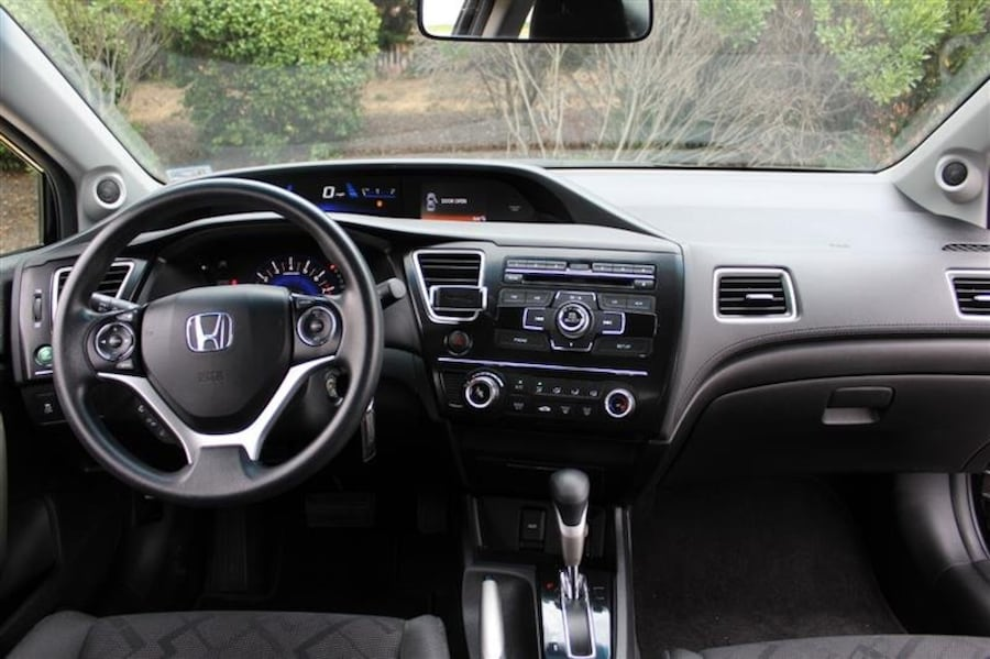 Honda Civic Cpe 2013 10
