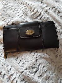 Leather Fossil Explorer Wallet Toronto, M5V 1H1
