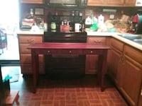 Table for behind couch or under window. Smithsburg, 21783