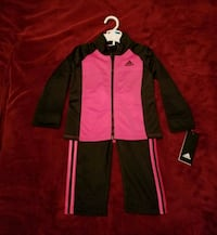 New Adidas outfit size 24 months  Bakersfield, 93304