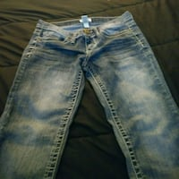 2 pairs of jeans  Independence, 64053