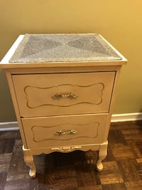 French Provincial 2-drawer nightstand. SMALL SPACE Friendly! Toronto, M6B 1N3