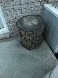 Stump for plant  stand or side table Laval, H7R 5X3