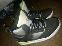 pair of black-and-white Air Jordan shoes Clarksville, 37042