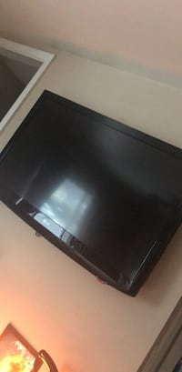 "Lg tv 42"" Woodbridge, 22193"