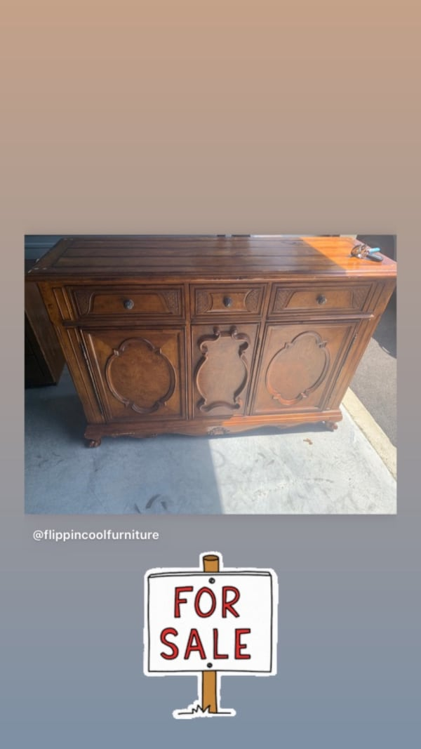 Gently used Pennsylvania House Furniture/Services to Refinish d9904496-5f1c-469a-8f09-4da73d086073