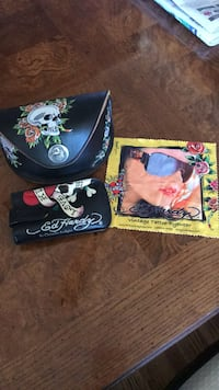 Ed Hardy glass case and accessories Georgetown, L7G 1J7