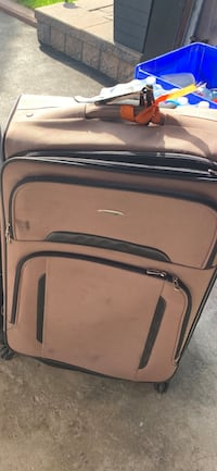 28 inch x 2 tan colour luggage Vaughan, L6A 1J6