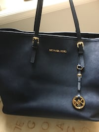 Navy michael kors leather tote bag Vaughan, L4J 3N7