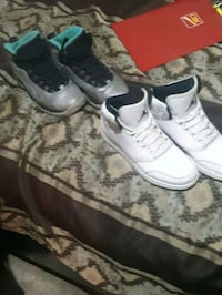 2 pairs of js  Windsor, N9C 4H9
