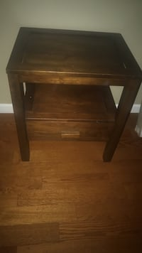 End table/ shelf with drawer (solid/sturdy) Wichita, 67216