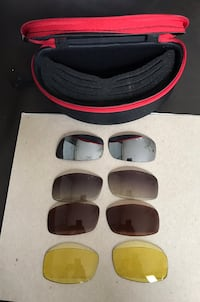 RAY-BAN INTERCHANGEABLE LENSES AND CASE Deerfield Beach, 33441