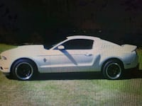 Ford - Mustang - 2010 Modesto