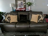 Grey leather sofa Dumfries, 22026