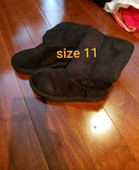 Kids boots and rain boots size on picture Toronto, M6E 3H5