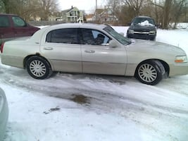2005 Lincoln Town car, 280k miles