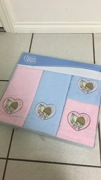 new in box Precious moments 4 piece towel gift set