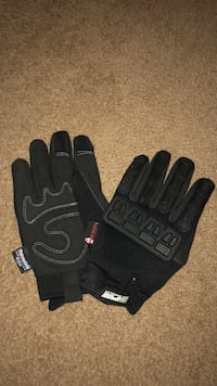 Well made Watson glove brand new great for cold! Mission, V2V 2V3