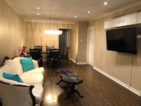 Room for Rent $950, 10 mins drive from Runnymede station Toronto