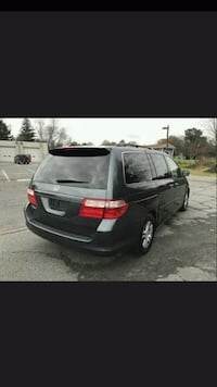 black 5-door hatchback screenshot Centreville, 20121