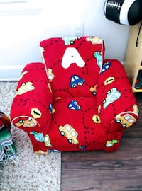 Kids sofa w locking compartment Oxnard, 93030