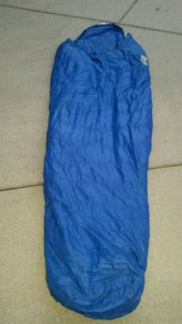 Mummy sleeping bag. Great for the cold nights 572 mi
