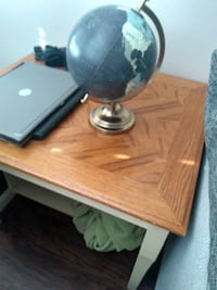 Wood End Table - Will Deliver Washington, 20011