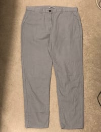 EUC - Women's size 10 linen khakis from GAP Surrey, V4N 2E7