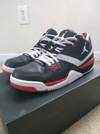 Used Jordan Flight 23 Black/White-Gry Red size 9 Conyers, 30012