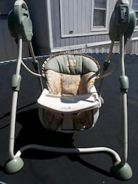 baby's white and gray swing chair Canutillo, 79835